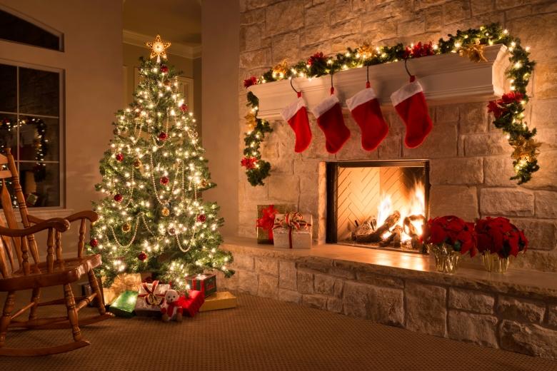 hith-father-christmas-lights-iStock_000029514386Large.jpg