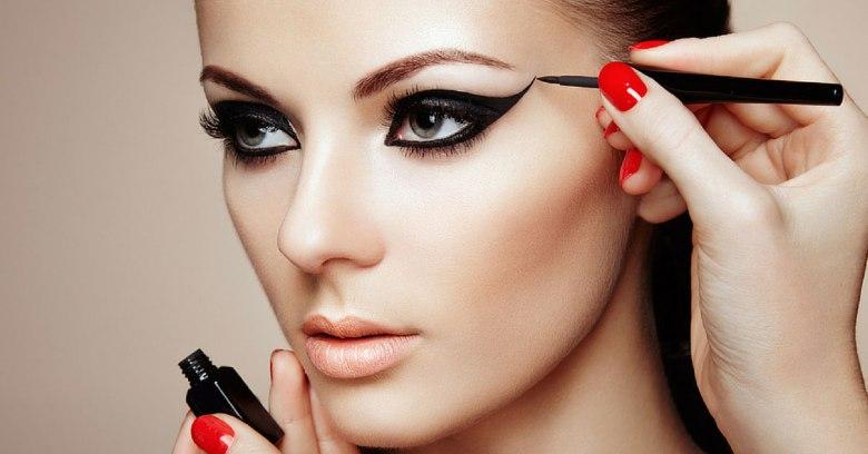 Can-I-Study-Mac-Makeup-Classes-at-Makeup-Artist-School.jpg