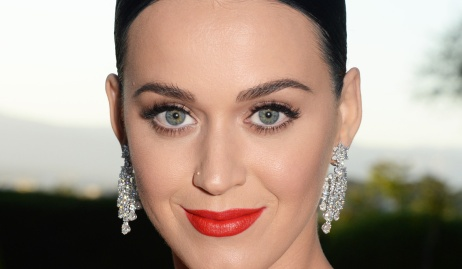 katy-perry-round-eyes.jpg